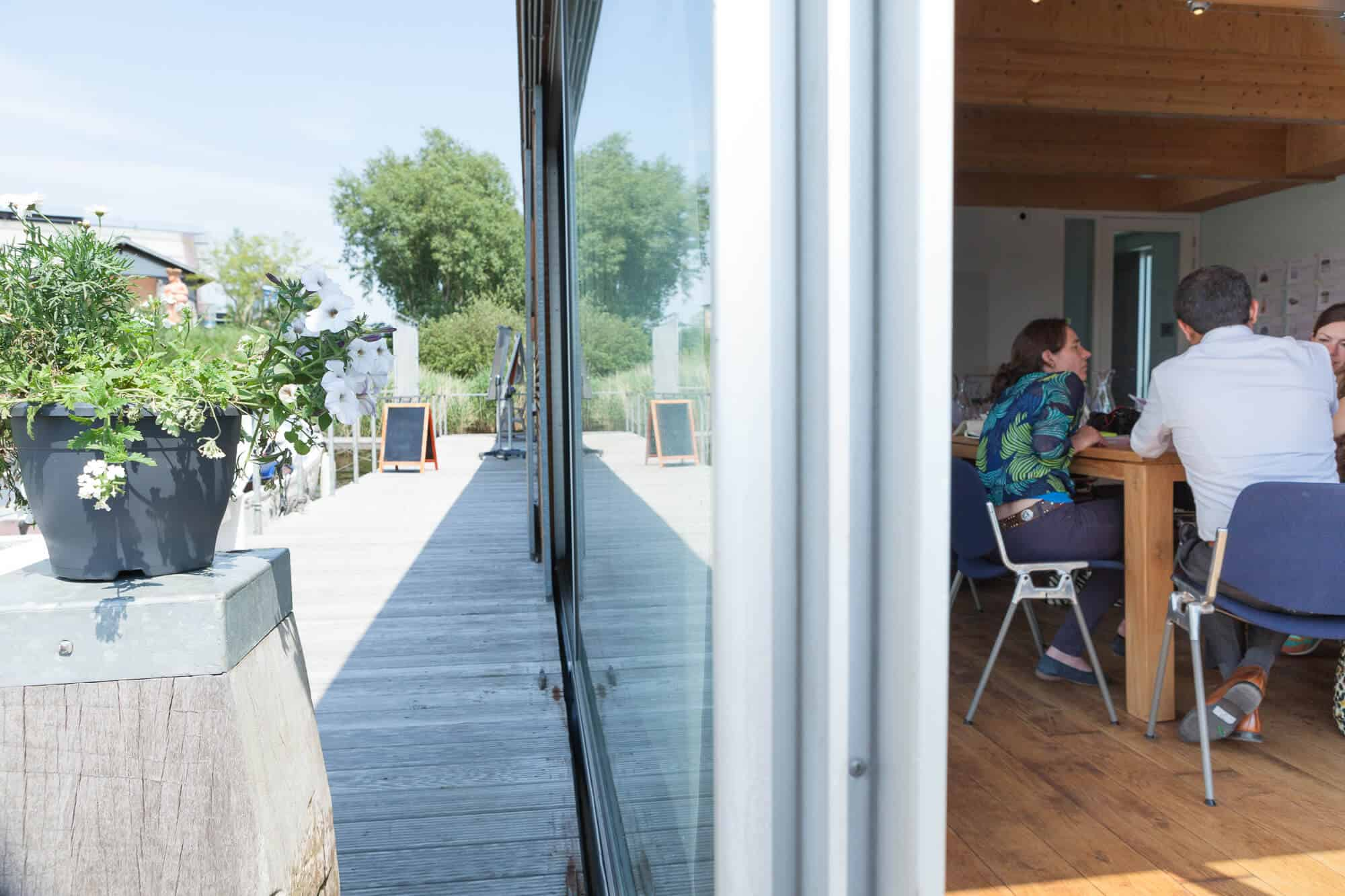 Home-geWoonboot bijzondere vergaderlocatie Amsterdam