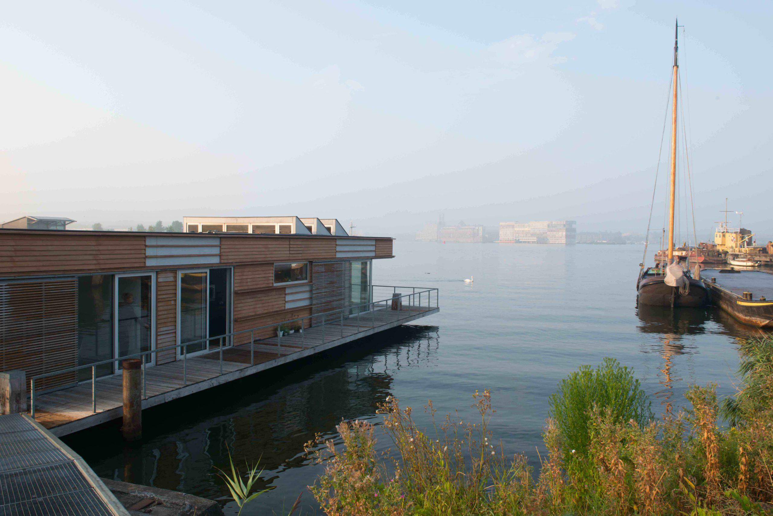 Offerte aanvragen voor duurzame vergaderlocatie geWoonboot